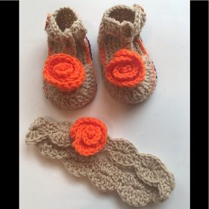 Other - HAND CROCHETED BABY GIRL SANDALS AND HEADBAND